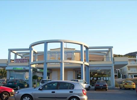Εμπορικό-κέντρο-στο-Πόρτο-Ράφτη-800-Τ.Μ